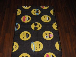 KIDS NON SLIP BACKING 80X120CM MATS/RUG SCHOOL/HOME EMOJI FACE BLACK/YELLOW/RED